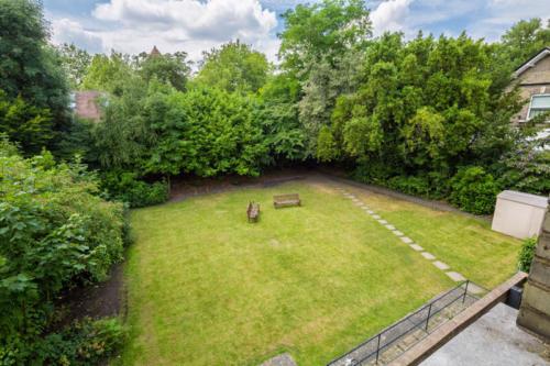 Hampstead gardenOverview
