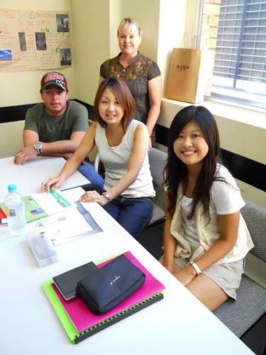 LSI Brisbane Class Photos Q