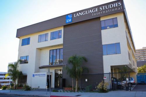 San Diego SchoolExteriorGTour